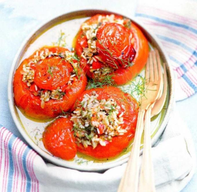 Как приготовить помидоры, фаршированные рисом
