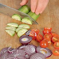 Как приготовить домашнюю шаурму с соусом дзадзики