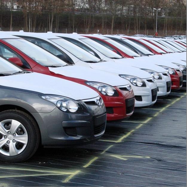 Прожада автомобилей в Литве