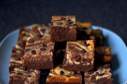 Мини-чизкейки с шоколадными чипсами