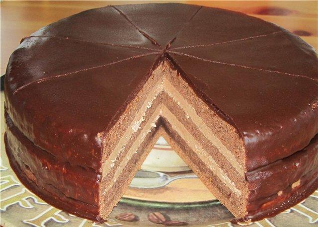 Как приготовить бисквитный торт «Прага»
