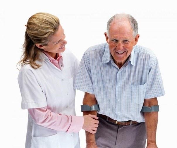 Как ухаживать за больным с переломом шейки бедра