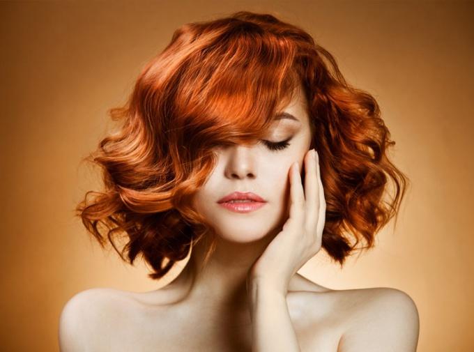 Как создать объём у корней волос
