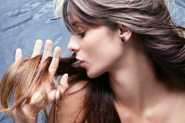Как укрепить тонкие и безжизненные волосы