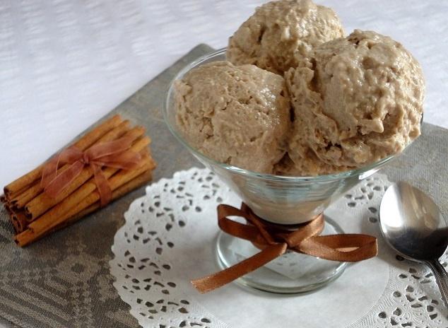 Кокосово-пряное мороженое