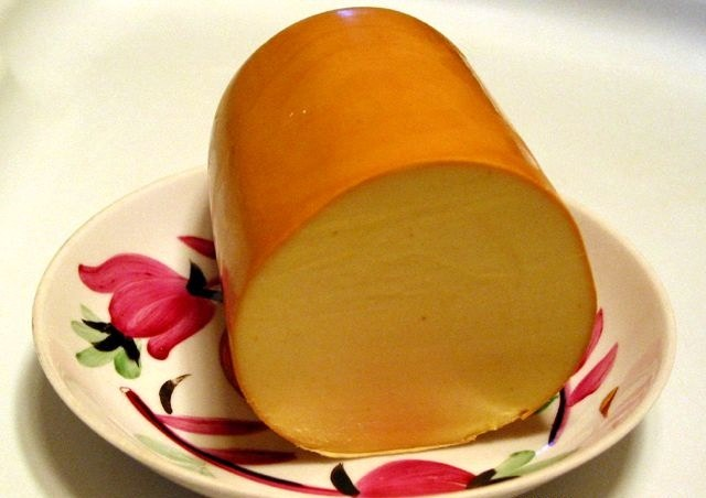 Как готовить блюда с колбасным сыром