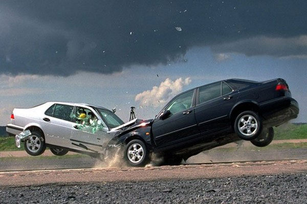 Сколько стоит застраховать машину