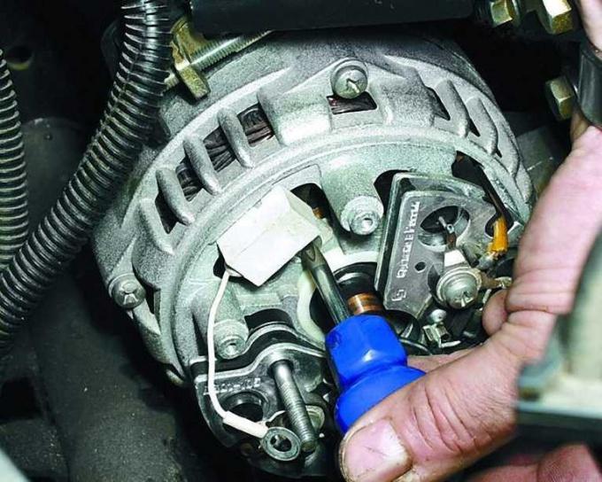 Check generator auto