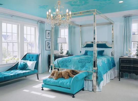 Интерьер спальни в бирюзовом цвете