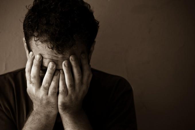 Как побороть депрессивное состояние