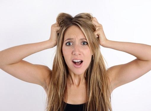 Как решить проблему с жирными волосами?