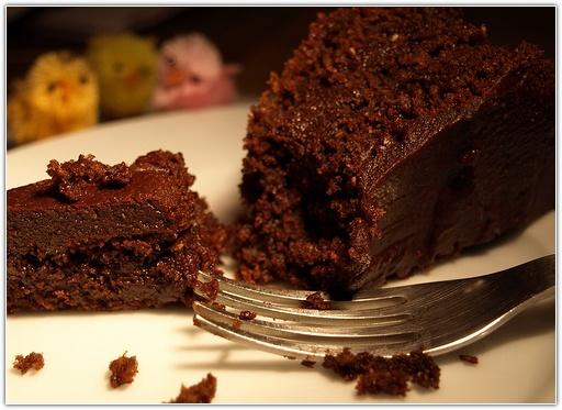 Как быстро приготовить вкусный шоколадный кекс на кефире