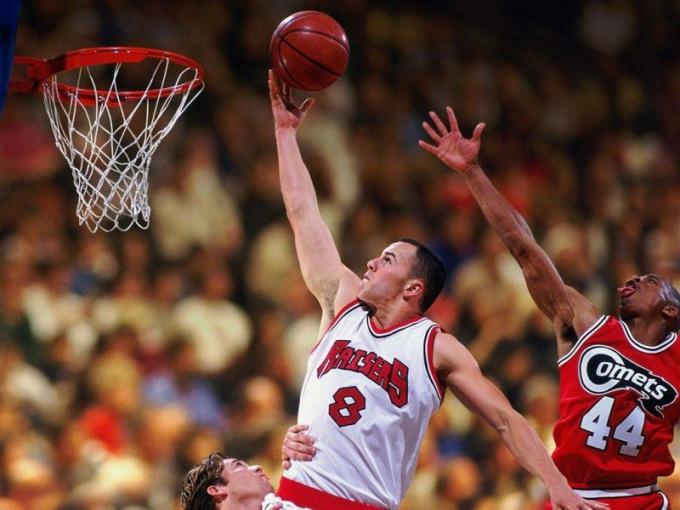 Сколько по времени длится баскетбольный матч