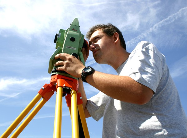 The profession of surveyor