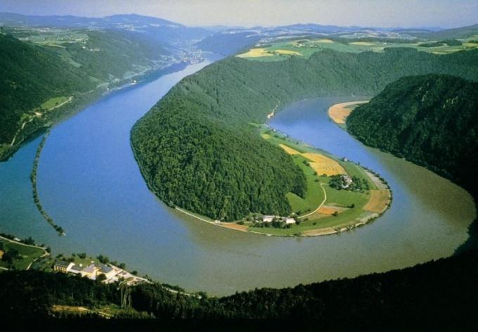 Сколько притоков у Дуная