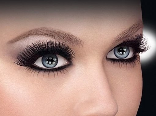 Why do eyelashes fall out?