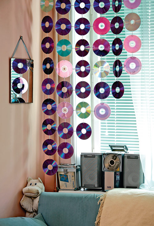 Как сделать шторы из CD-дисков
