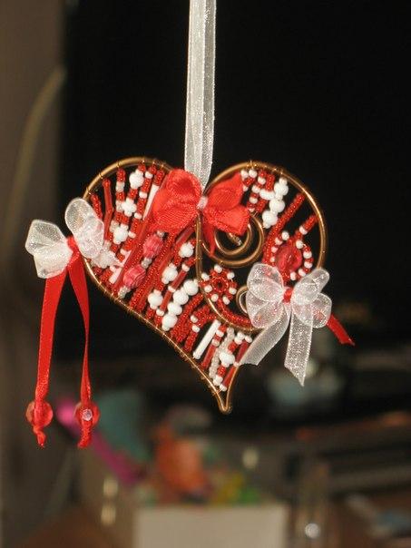 Как смастерить валентинку из бисера своими руками