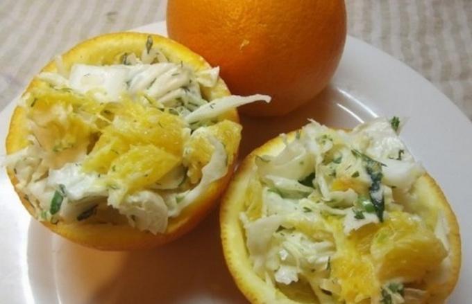 Капустный салат с апельсиновым соусом