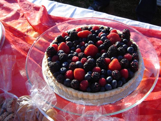 Как приготовить ягодный пирог с хересом