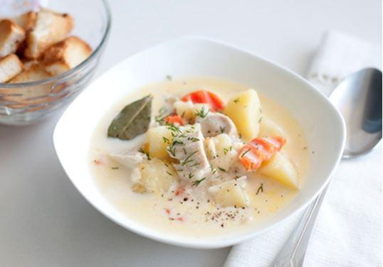 Легкий сырный суп с плавленым сырком и курицей