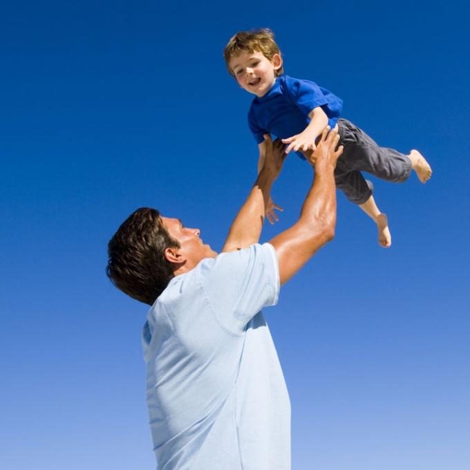 Если ребенок прописан у отца