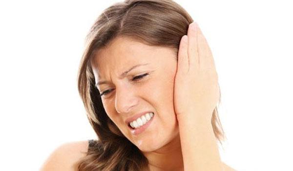 Домашние средства от боли в ухе