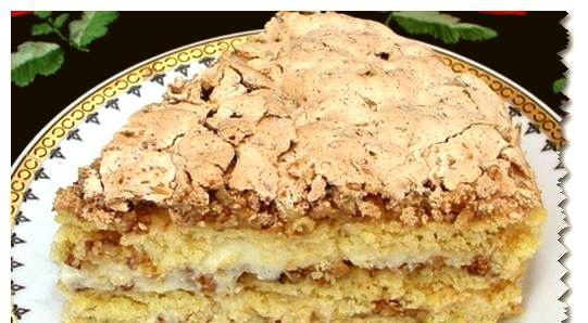 Вкусный торт с орехами и пудингом