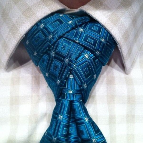 Как оригинально завязать мужской галстук