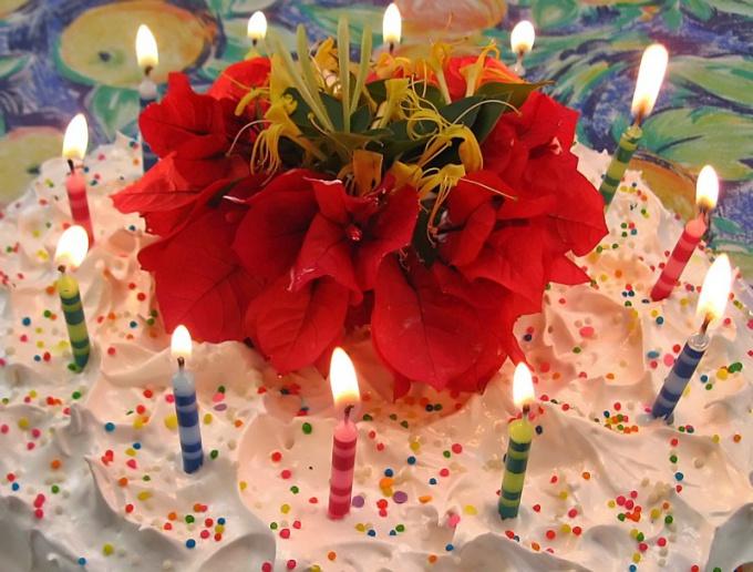 Родившийся 29 февраля может отметить день рождения 28 февраля или 1 марта