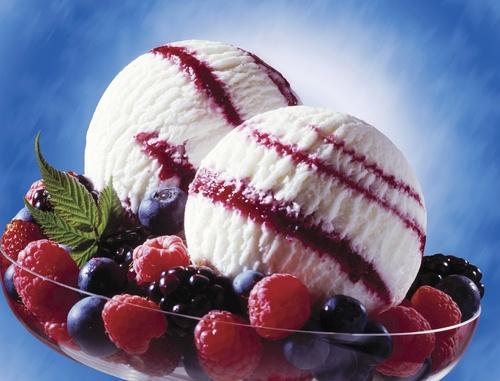 Мороженное из черники и малины