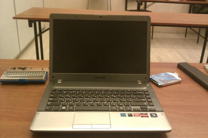 Laptop Samsung NP355V4C