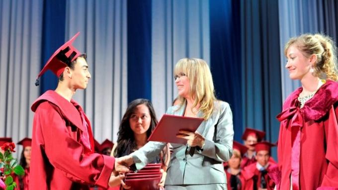 Получение диплома — самый желанный студенческий праздник!