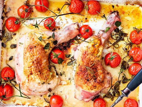 Куриные ножки, запеченные с помидорами