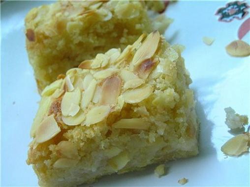 Как приготовить миндально-яблочные пирожные