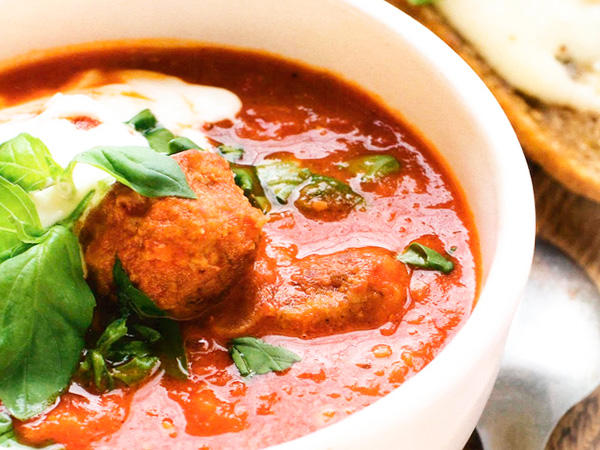 Суп томатный с фрикадельками