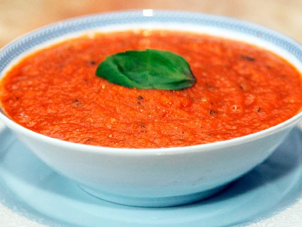 Приготовить фасолевый суп с запеченными помидорами