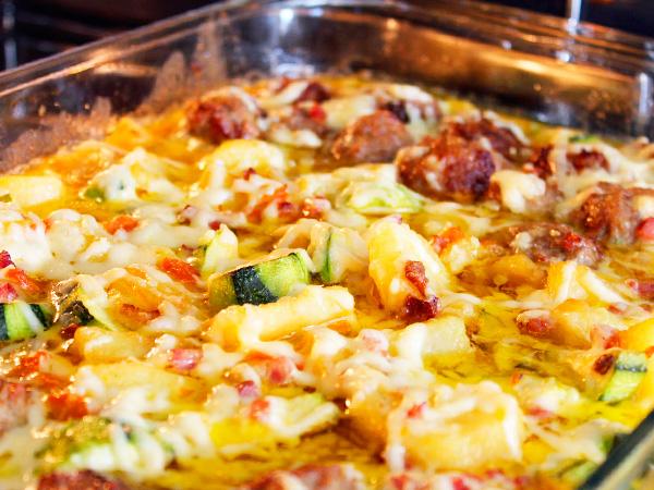 Приготовить яйца, запечённые в грибном соусе