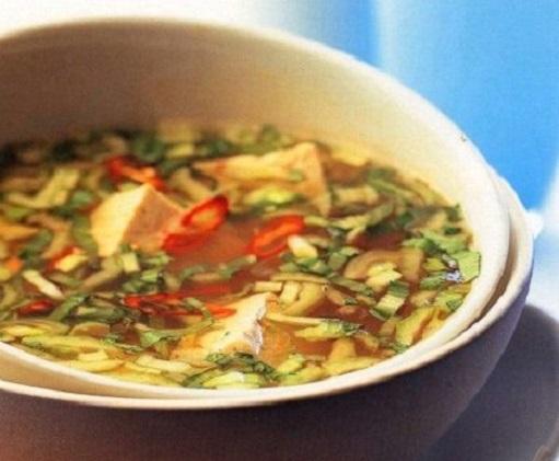Суп с зеленым луком и сыром