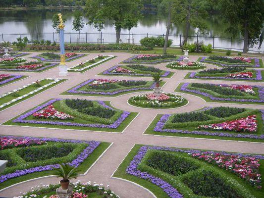 Средневековый сад своими руками