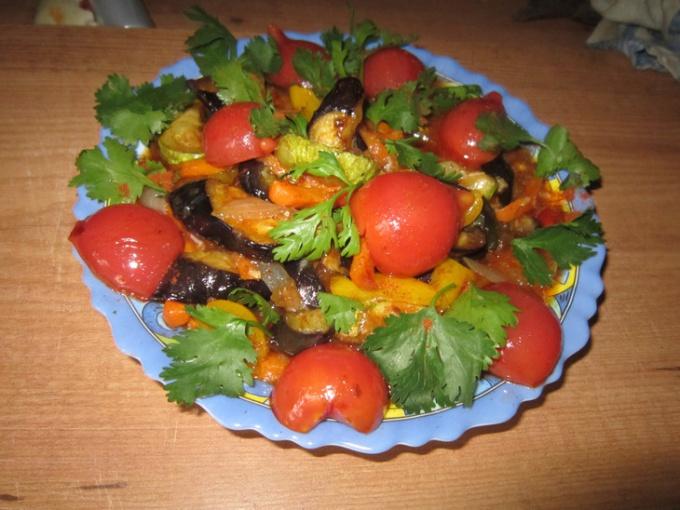 Салат кади-ча с острым соусом