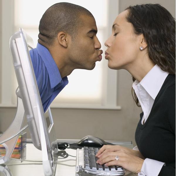 Знакомство в интернете: как выбрать правильного мужчину