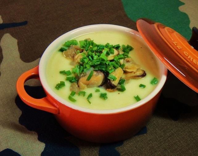Суп из цветной капусты с мидиями