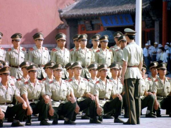 Как познакомиться с военным