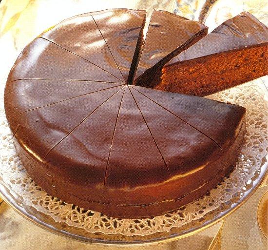 Шоколадный торт, испеченный без муки