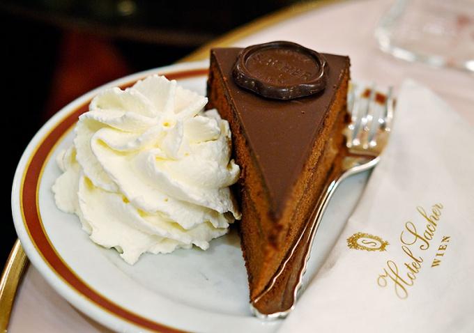 """Как приготовить классический торт """"Захер""""?"""