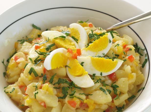 Готовим вкусный баварский картофельный салат