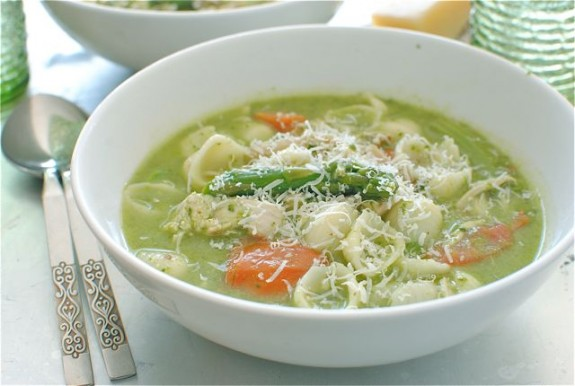 "Куриный суп с макаронами ""ракушками"""