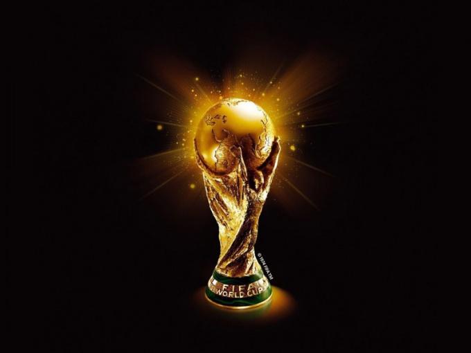 Когда начали проводить футбольные чемпионаты мира