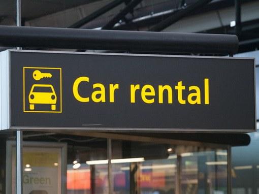 Как взять машину напрокат за рубежом